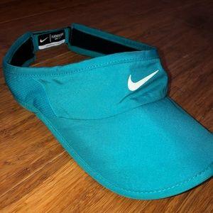 Nike Dry-Fit Visor